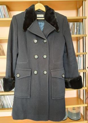 Шерстяное зимнее пальто в стиле милитари