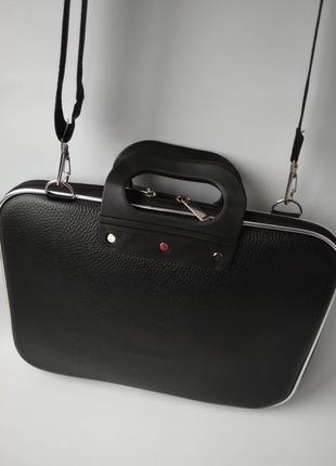 Сумка для ноутбука, документов, деловая сумка.