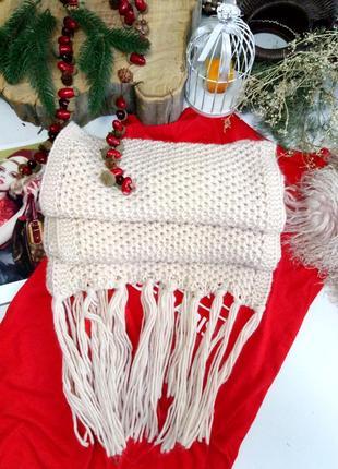 Большой шарф крупной вязки
