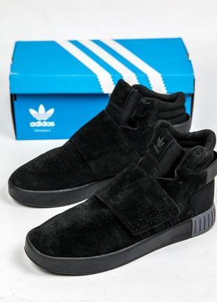 Отличные женские осенние кроссовки adidas tubular invader black