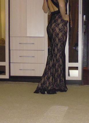 Гипюровое черное платье в пол с открытой спиной
