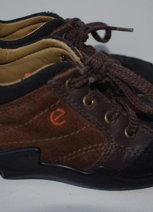 Кроссовки ,ботиночки 22р ecco