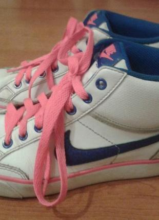 Белоснежные кроссовочки-хайтопы nike2