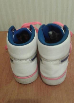 Белоснежные кроссовочки-хайтопы nike4