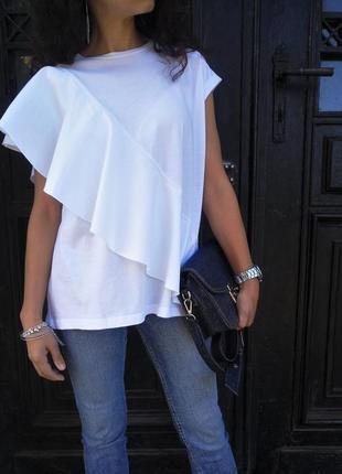 Блуза reserved с воланом белого цвета