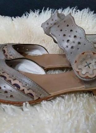 Rieker кож туфли 39 р по ст 26 см ширина 8 см каблук 5 см нюанс на фото