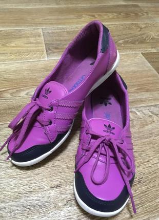 Мокасины/кеды/кроссовки/тапочки  adidas