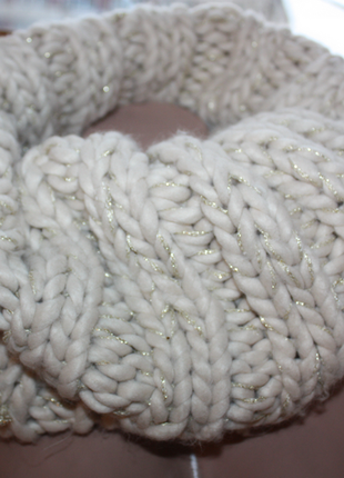 Снуд / шарф труба из шерсти мериноса бежевый беж с золотом крупная вязка пряжа (к000)