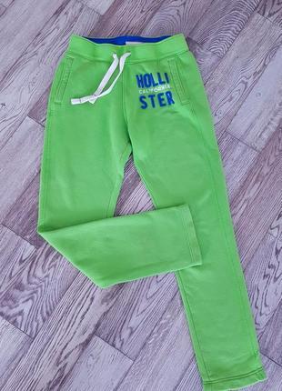 Спортивные штанишки от hollister