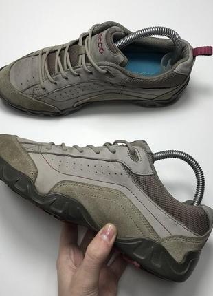 Фирменные ботинки низкие ecco original женские 38 треккинговые