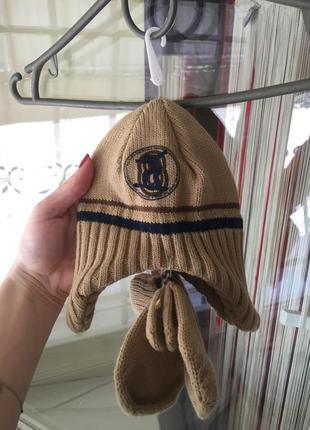 Вязаний набір шапка , рукавички)