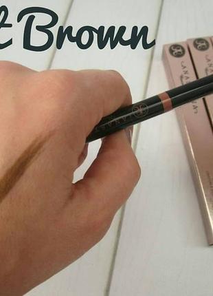 Карандаш для бровей с щеточкой  - оттенок soft brown