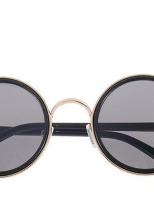 Оригинальные очки в черном