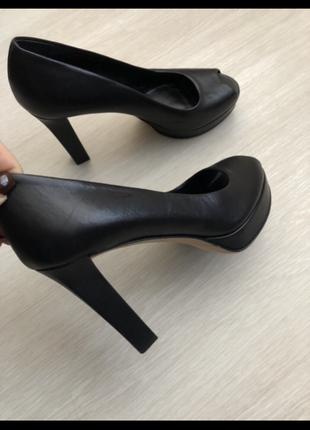 Туфли gucci оригинал кожа 38,5 размер