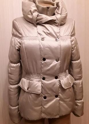 Красивая тёплая куртка демисезон orsay