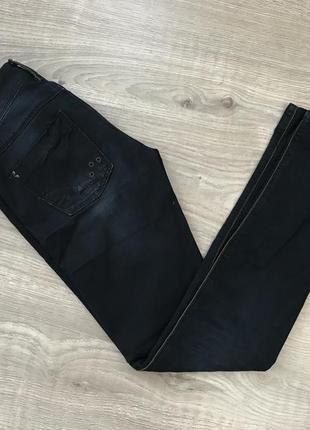 Классные скини джинсы stradivarius