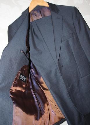 Фирменный классный костюм jeff banks