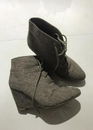 Крутые ботиночки из ткани