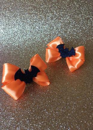 Резинки-бантики оранжевые на хэллоуин с летучими мышками, halloween