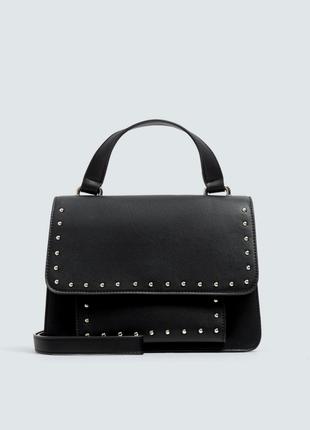 Новая фирменная сумка кросс боди с заклепками