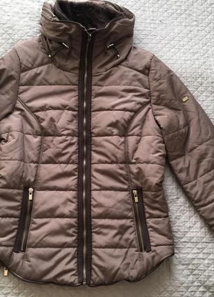 Очень красивая куртка reserved