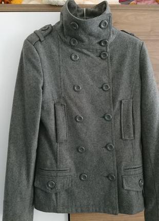 Стильное пальтишко