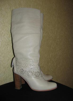 Прекрасні чобітки basconi, натуральна шкіра, кожа, 24см