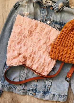 Плюшевый шарф