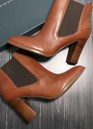 Tommy hilfiger оригинал ботинки ботильоны челси рыжие на широком каблуке бренд из сша