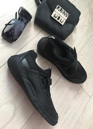 Спортивные ботинки кожзам