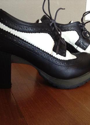 Культовые туфли-штиблеты dr.martens 38