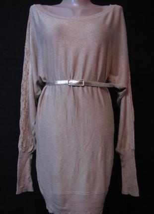 Туника-платье с кружевной вставкой на рукавах