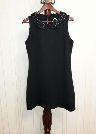 Обалденное трикотажное черное платье сарафан с жемчужным воротником
