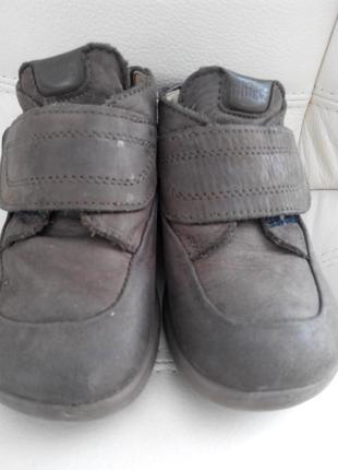 Кожанные ботиночки от chicco