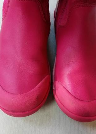 Дууууже красиві шкіряні чобітки для дівчинки. підписуйтесь, оновлення регулярно)3 фото