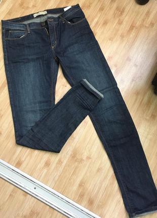 Очень крутые  оригинальные джинсы  w32 новые