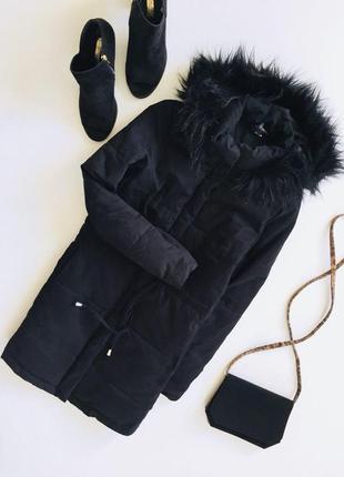 Очень классная удлиненная демисезонная куртка на сентепоне с длинным рукавом и капюшоном