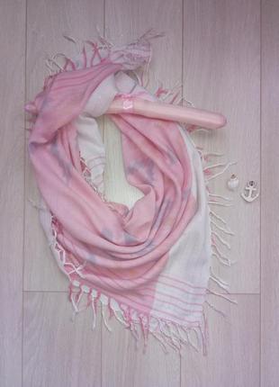 Розовый платок, шарфик с бахромой весну-осень