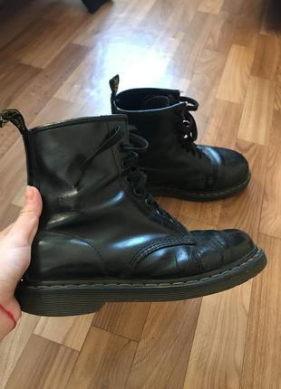 Ботинки чёрные dr. martens