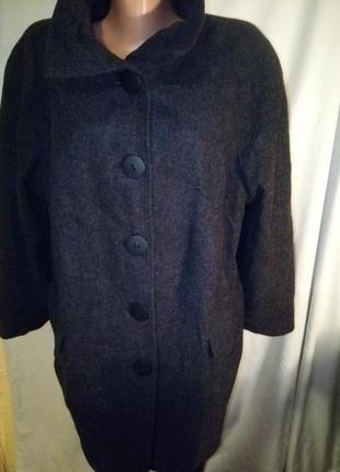 ,осеннее пальто шерсть кашемир не кошлатится очень легкое
