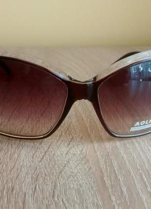 Нові жіночі сонцезахисні окуляри aolise