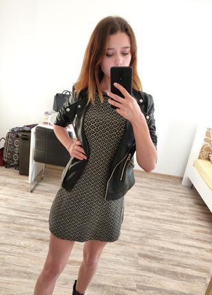 Черное короткое платье