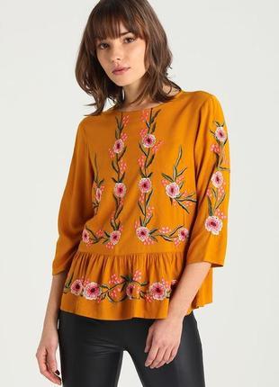 Шикарная вискозная горчичная блуза, кофта с вышитыми цветами и рюшей new look, p.s(36)