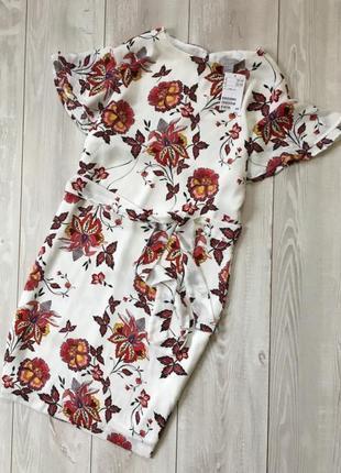 Цена снижена!! платье в цветочный принт