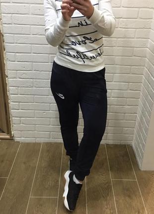 Спортивные штаны женские nike