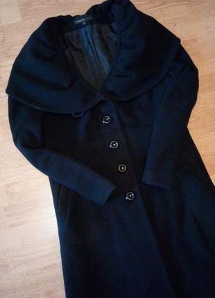 Чёрное длинное пальто драповое с воротником на пуговицах