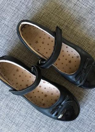 Кожаные школьные туфли next, размер uk2, eur 34,5
