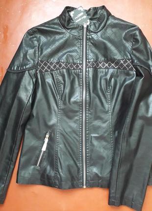 Куртка из кожзама женская
