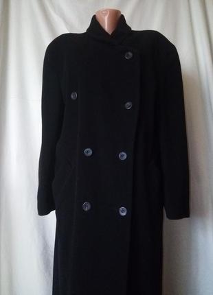 Лёгкое осеннее зимнее пальто не кошлатится 70%шерсть+10%кашемир