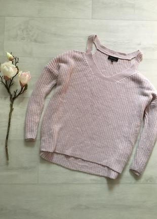 Красивый свободный вязаный свитер оверсайз с открытыми плечами